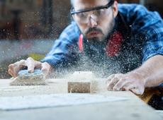 Élargir le débat sur les métiers lourds